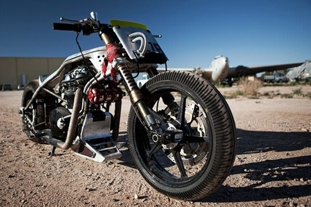 Yamaha XS 650 Icon Low, Down & Shifty, fabricada para lucir y torturar al conductor