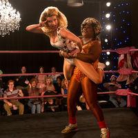 El tráiler final de la temporada 2 de 'Glow' presenta peleas tanto dentro como fuera del ring