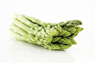 Cinco alimentos que benefician la salud digestiva