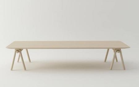 Stick Table, una mesa de aires japoneses de Stone Designs