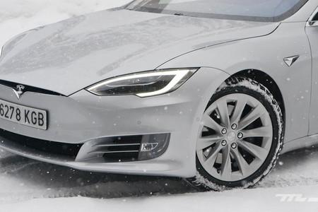 Contacto Tesla Model S 100D