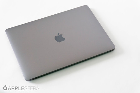 Súper rebaja del MacBook Air (2020): 256 GB de SSD, procesador Intel de décima generación y Magic Keyboard por 931,99 euros