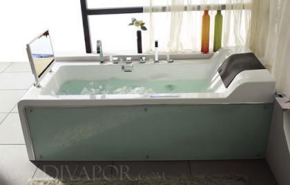 """""""Vapor Di Cosmo"""" pantalla LCD en tu bañera"""
