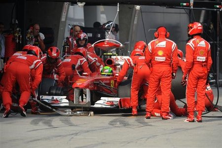 Ferrari quiere mejorar las paradas en boxes