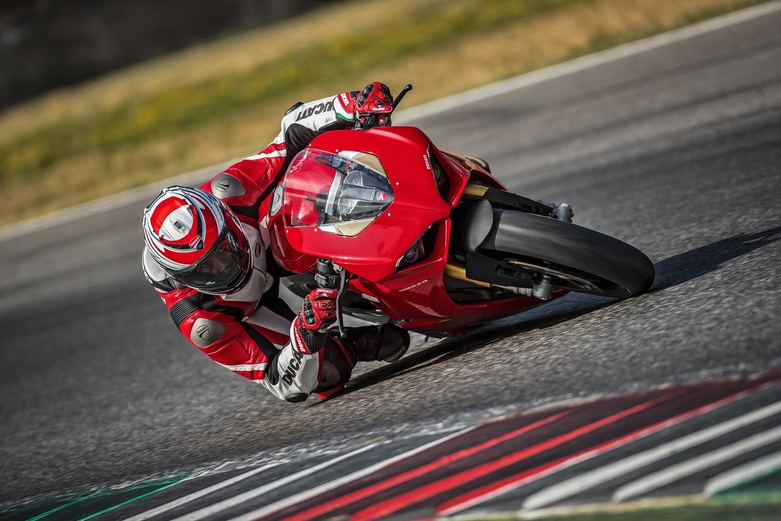 Foto de Ducati Panigale V4 2018 (36/52)
