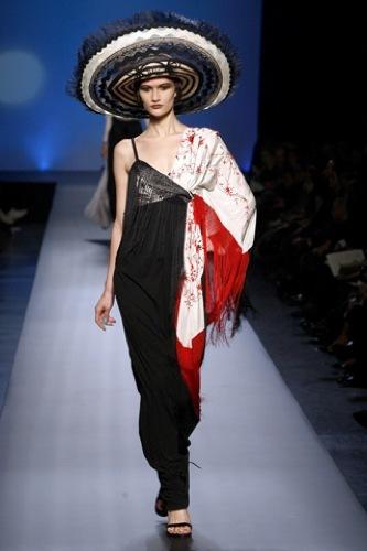 Jean Paul Gaultier Alta Costura Primavera-Verano 2010. Chal
