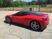 Perdiste tu oportunidad: Ferrari 458 Italia con más kilómetros que la madre de Marco, vendido en eBay