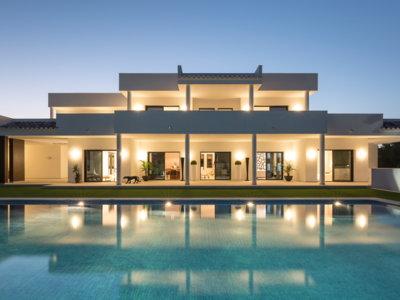Casas que inspiran: una impresionante villa de lujo de Laura Yerpes en Alicante