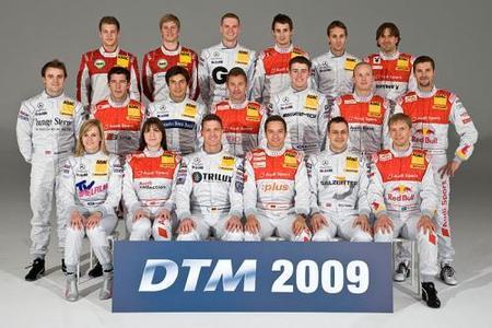 Mercedes confirma a sus ocho pilotos