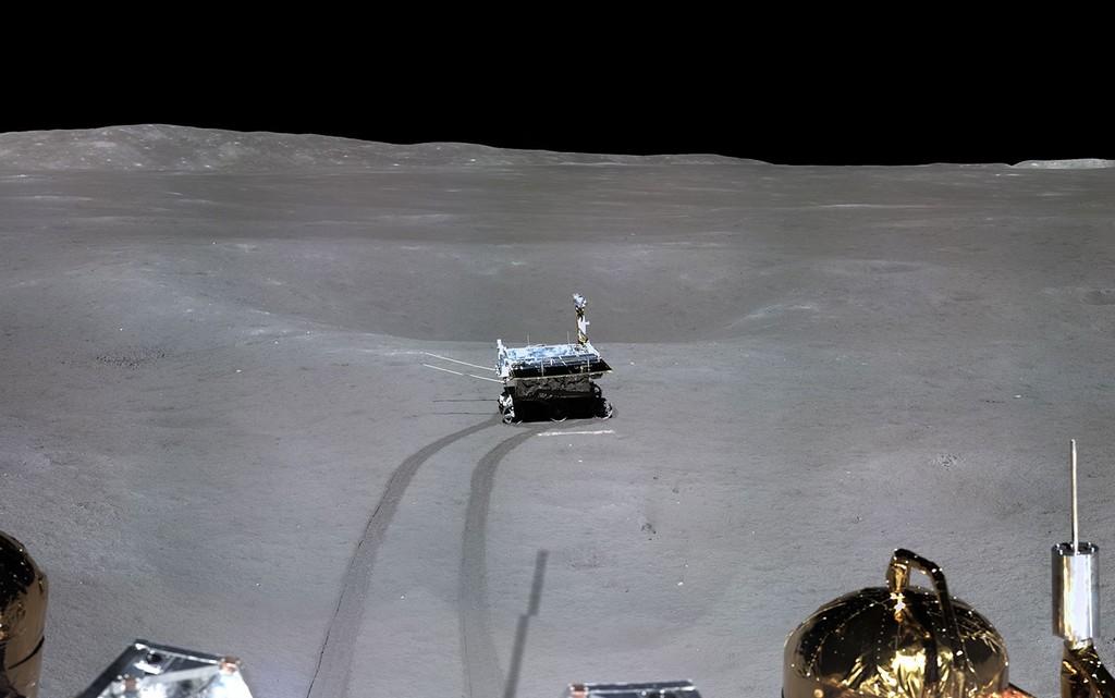 Ya podemos visualizar el cinta del histórico alunizaje en el lado oculto de la Luna y mas recientes fotografías