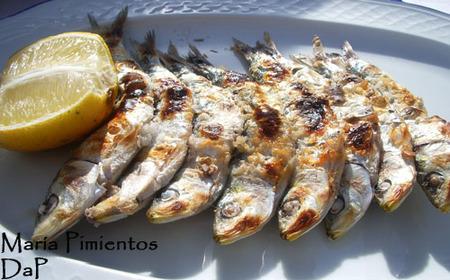 Espeto de sardinas en Los Gutierrez
