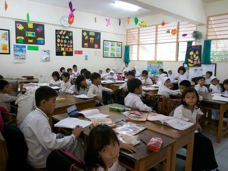 México vacunará contra COVID a maestros y este es el plan nacional: un regreso a clases paulatino a partir de mayo