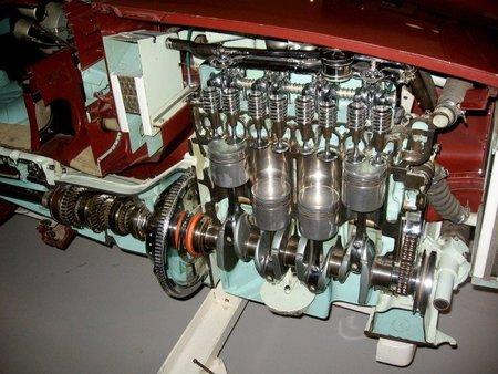 Los coches con motores de cuatro cilindros son ya los más vendidos en Estados Unidos