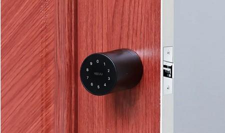 Esta cerradura inteligente ofrece hasta 8 formas diferentes de controlar el acceso al hogar
