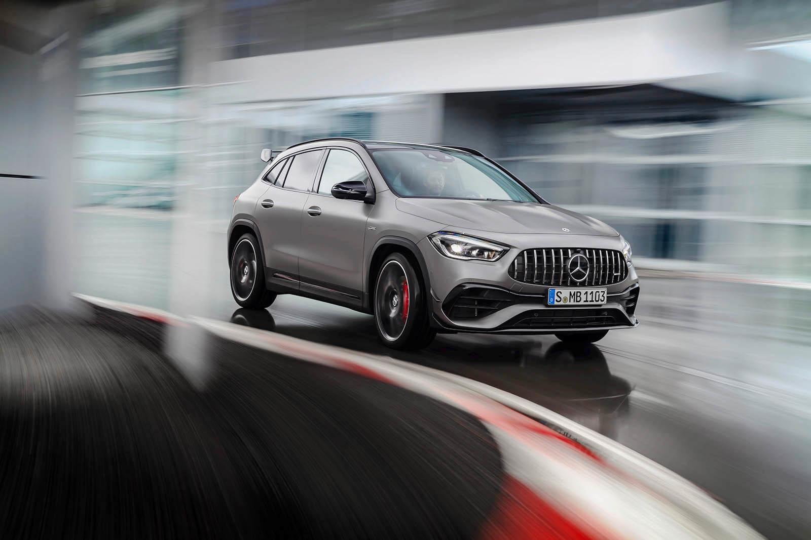 Foto de Mercedes Amg Gla 45 S 4matic 2020 (8/18)