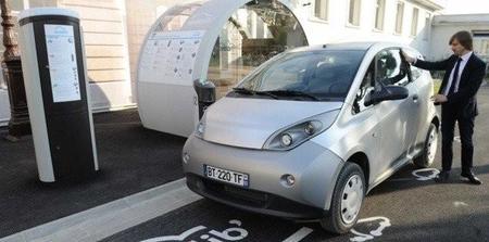 Bolloré pondrá los BlueCar en servicio en Burdeos a finales de 2013