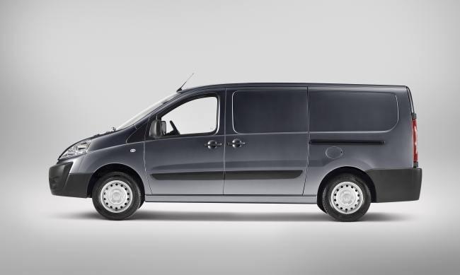 Nueva Toyota ProAce lateral