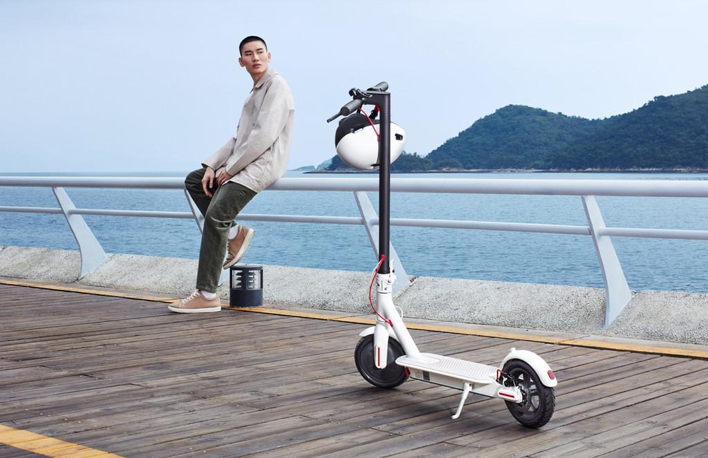 Xiaomi Mijia Electric Scooter 1S: la firma renueva su exitoso patinete eléctrico añadiendo una pantalla en el manillar