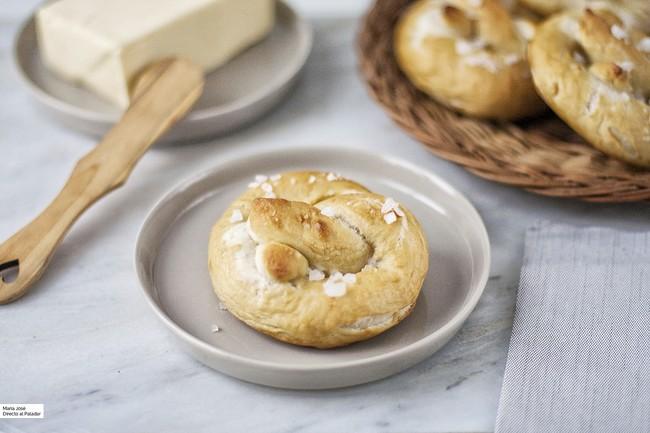 Receta de bretzels con Thermomix: ¿te animas a preparar un desayuno especial de Navidad?