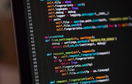 Codex de OpenAI promete traducir lenguaje natural en código de programación gracias a la inteligencia artificial