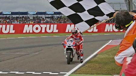 El desastre de Ducati enciende los ánimos en el box italiano