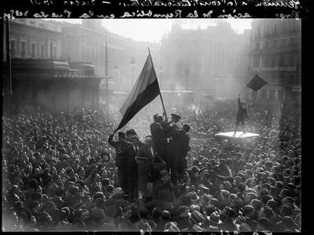 Alfonsoproclamacion De La Republica 14 Abril 1931