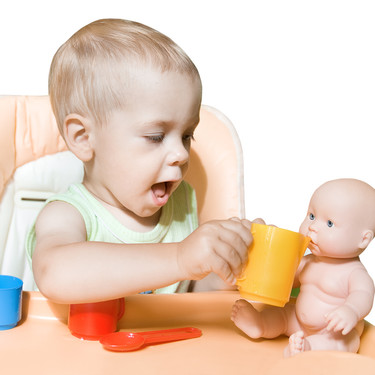 Los muñecos también son cosa de niños: jugar con ellos hace que desarrollen la empatía
