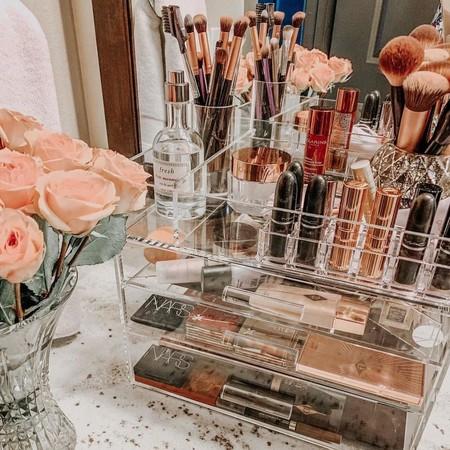 Estos son los consejos básicos para limpiar y ordenar el maquillaje y así aprovechar el tiempo en casa