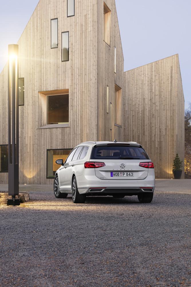 Foto de Volkswagen Passat 2019 (51/53)