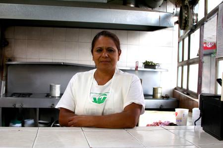 Memorias de una cocinera de cantinas en la CDMX