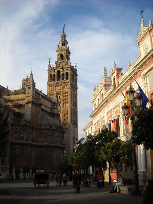 Sevilla c mo llegar del aeropuerto al centro for Como llegar al ministerio del interior