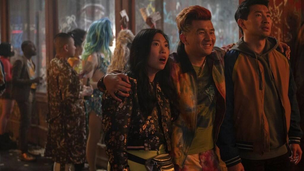 'Shang-Chi y la leyenda de los diez anillos' sigue arrasando en la taquilla de EE.UU. con un segundo fin de semana mucho mejor que el de 'Viuda Negra'