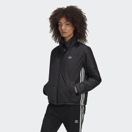 Asos tiene (casi) a mitad de precio la chaqueta Adidas acolchada que está arrasando: llévatela desde 51,80 euros