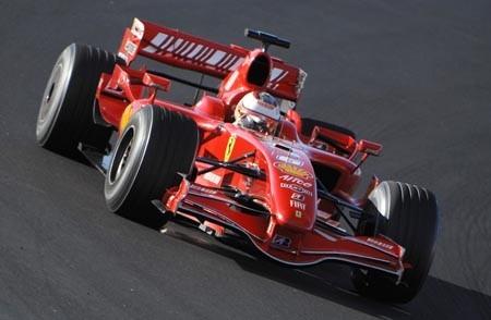 Pole para Kimi Raikkonen en Australia