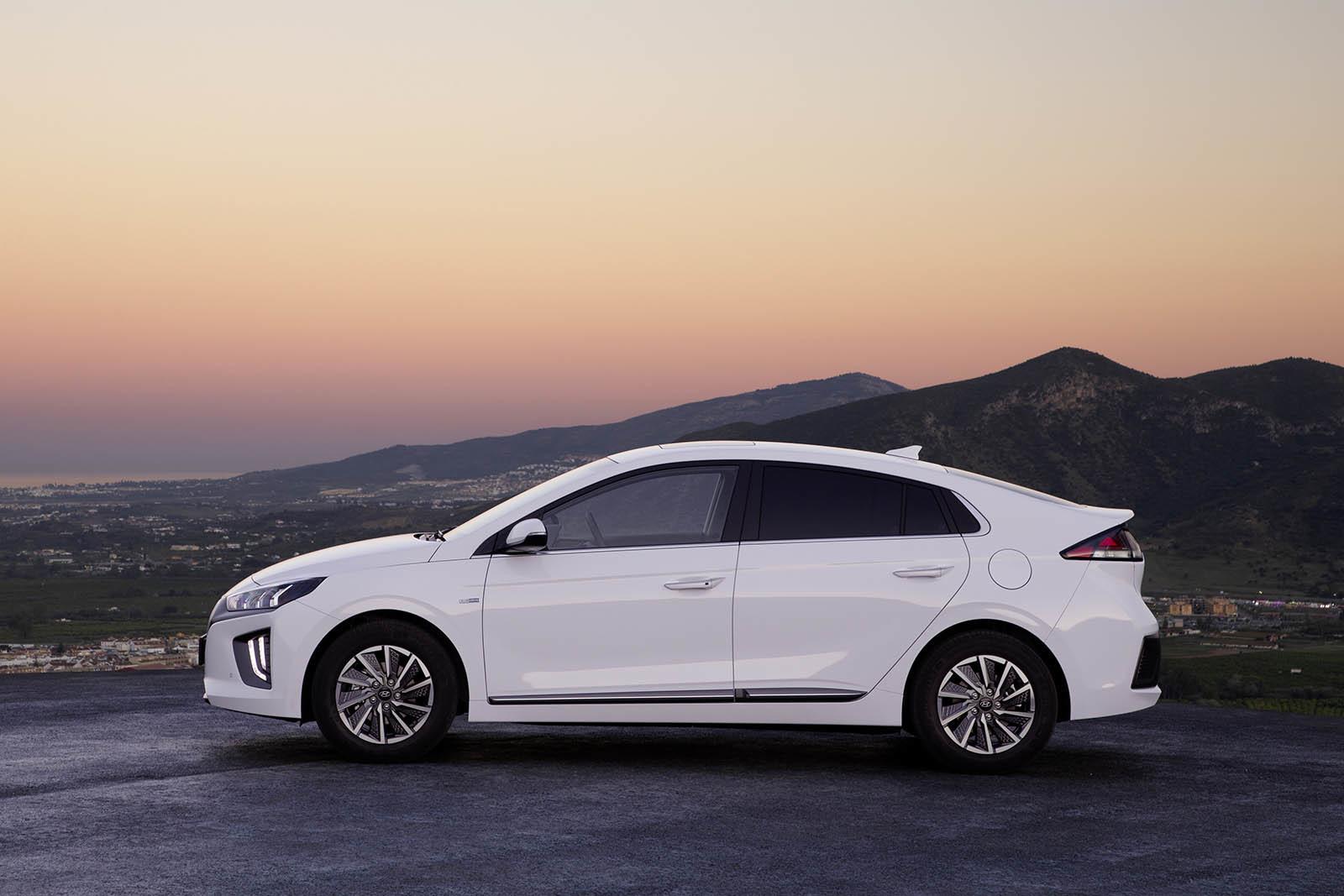 Foto de Hyundai Ioniq Electrico 2020 (3/14)
