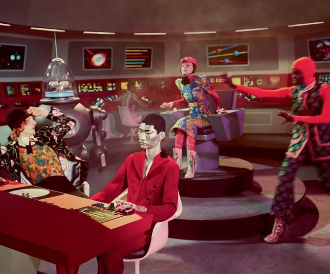 Gucci Fall Winter 2017 Ad Campaign Scifi 02
