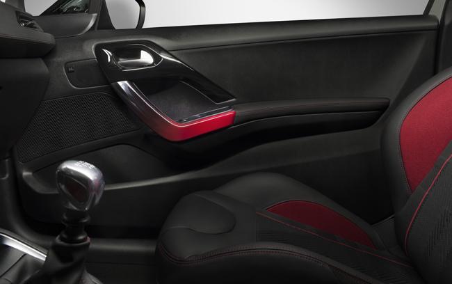 Foto de Peugeot 208 GT 2014 (10/11)