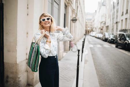 Así es el estampado toile de jouy, la propuesta más delicada y francesa del street style para este otoño