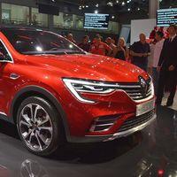 Renault se lanza a vender coches online en Rusia, y el SUV Arkana será su conejillo de indias