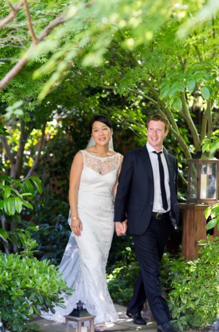 Bodas mediáticas: blanca, radiante (y de diseñador desconocido) va la novia