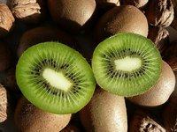 El kiwi tiene más vitaminas en la piel