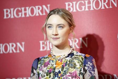 Repasamos los mejores peinados de Saoirse Ronan en su camino al Oscar