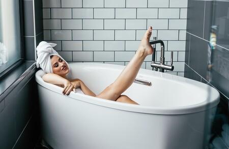 Con esta Rowenta Wet & Dry más barata en PcComponentes que en Amazon, podemos depilarnos fuera y dentro de la ducha