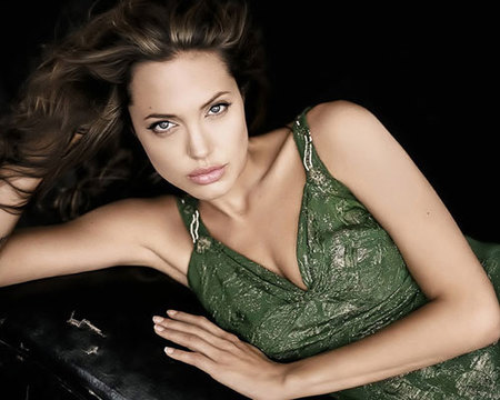 Angelina Jolie cumple años