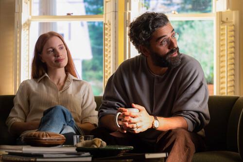 'Secretos de un matrimonio': Jessica Chastain y Óscar Isaac deslumbran en una encomiable pero poco genuina actualización de HBO