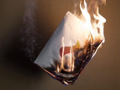 Diari Indultat, el primer periódico fotográfico que arderá en las Fallas de Valencia si no haces algo para remediarlo