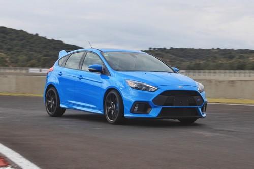 Probamos el Ford Focus RS, vaya locura de auto con 350 hp, tracción integral y Drift Mode
