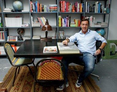 """""""Los decoradores ya están cansados del minimalismo"""".  Entrevistamos a Francisco Segarra, experto en muebles vintage"""