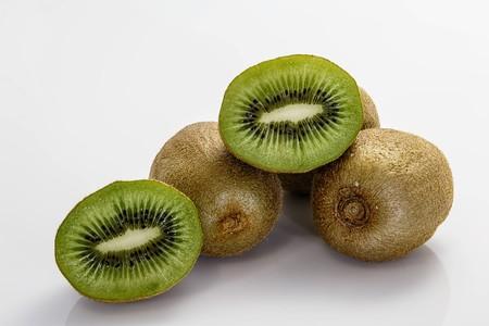 Kiwi: propiedades, beneficios y su uso en la cocina