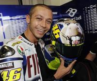 AGV lanza al mercado el casco del 'burro' de Valentino Rossi